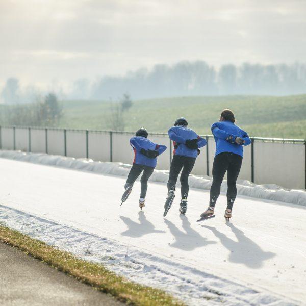 Flevonice neemt initiatief om Drontenaren op de schaats te brengen